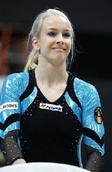 Sandra Izbaşa, favorită la sol Sursa foto www.romgym.ro (TANYA SCHOENMAKER)